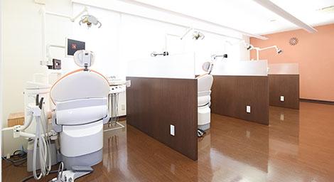 診療室は「半個室」です